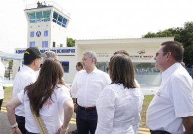 Presidente Duque puso al servicio aeropuerto y nuevo hospital San Juan de Dios en Mompox.