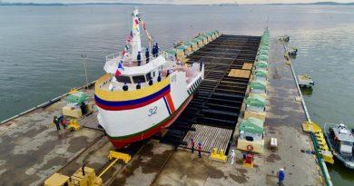 """Se realizó ceremonia de botadura del ARC """"Isla Alburquerque"""" nuevo buque balizador de Dimar"""