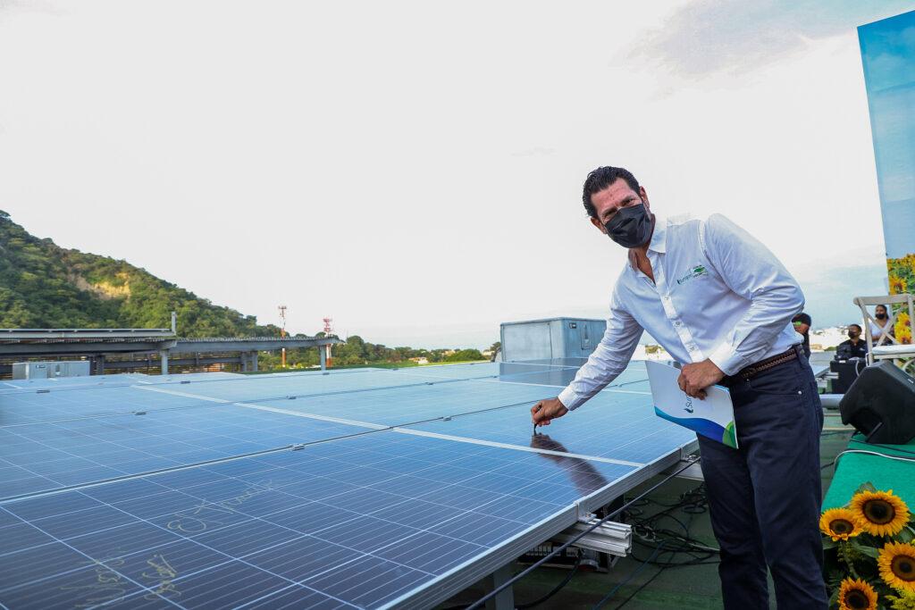 Promigas, Surtigas inauguran la Planta Solar más grande de Cartagena en un centro comercial. - Noticias de Colombia